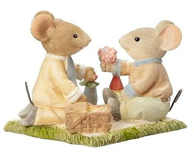 Tails/heart Of Christmas~Mice Couple On A Picnic~Garden~Love Is A Picnic~4060182