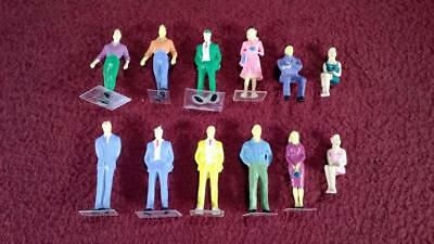 #10 O Scale Lot Of 12 Painted People Figures - Male - Female - Standing/Sitting