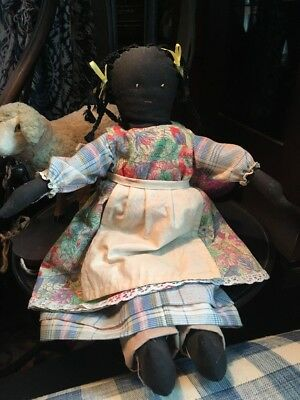 "VINTAGE 15"" BLACK AMERICANA RAG  DOLL Flower And Plaid dress Tea Dyed Apron"