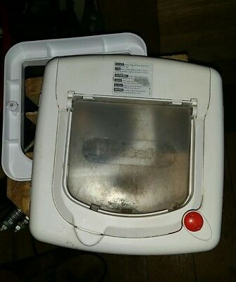 Cat flap Petsafe with optional 1 section of tunnel