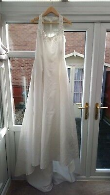 Beaded Wedding Dress. Size 14 RRP £750 sample slight fault TV THEATRE