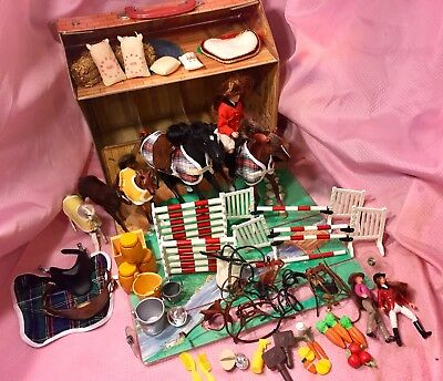 1995 Horse Empire Barn Stable Grand Champion Breyer People Accessories Food