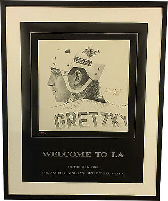 wayne gretzky signed kings b w 16x20 poster custom framed uda bas