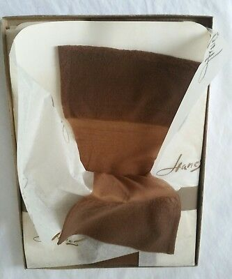Vintage Hanes Stockings Sz 10-11 New In Box 'Barely There' 3 Pr