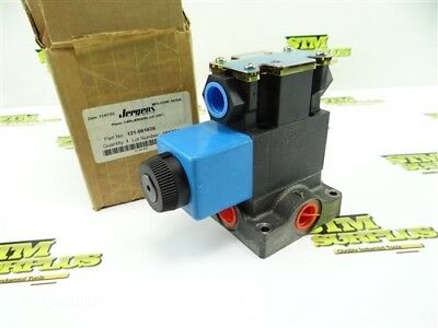 "New! Vickers Single Acting Solenoid Valve Made In Usa 3/8"" Npt"