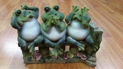 3 Frogs on Bench Garden Decoration Collectible Figurine 61046