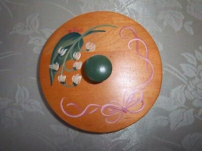 Longaberger 1993 May Series LILY OF THE VALLEY  lid- hand painted