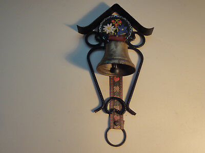 Vintage Wall Mounted Decorative Cast Iron Old Fashion Dinner Bell
