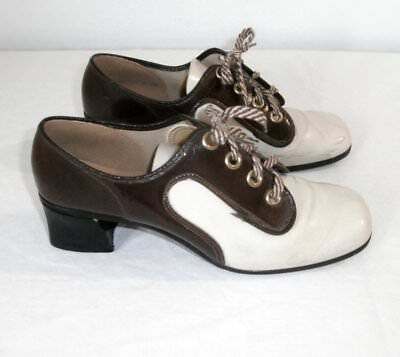 OLD Vintage 1940s Brown & White Patent Leather Saddle Shoes w Heels 8.5 Womens