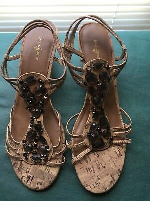 Lot of 2 NWOB Sz 8 Tan Jaclyn Smith & Pink Expressions Sandals.