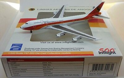 Inflight500 1:500 IF5743002 Boeing 747 TAAG Angola Airlines (1980s livery)D2-TEA