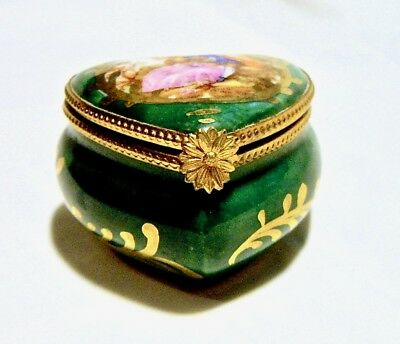 Limoges France French Vintage Valentine Love Heart Trinket Box Peint Main Limoge