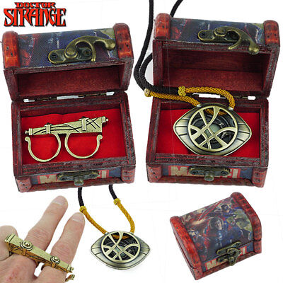 Doctor Strange Fly Sling Ring Gate of Time Agamotto Amulet Glow Necklace Cosplay