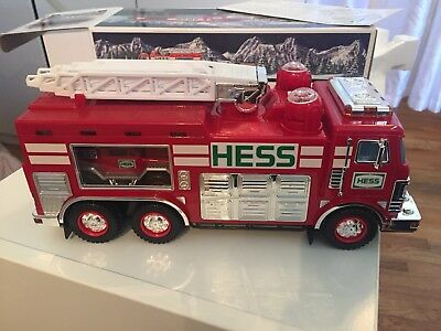Hess 2005 Fire Emergency Truck With Rescue Vehicle  * New *  FREE SHIPPING