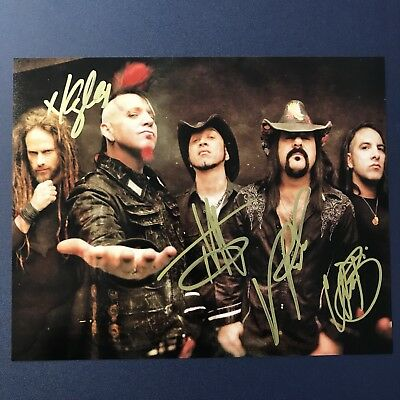 HELLYEAH BAND SIGNED 8x10 PHOTO SIGNED AUTOGRAPHED VINNIE PAUL VERY RARE COA