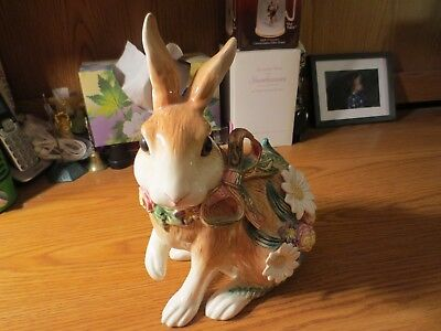 Fitz and Floyd Classics Rabbit With Flowers
