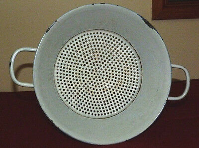 Vintage Large White Kitchen Sieve Collander Vitreous Enamel Kitchenalia