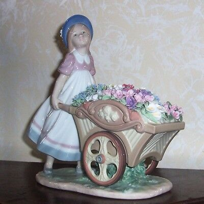 Lladro LOVE'S TENDER TOKENS #6521 Figurine Girl Pushing FLOWER Cart