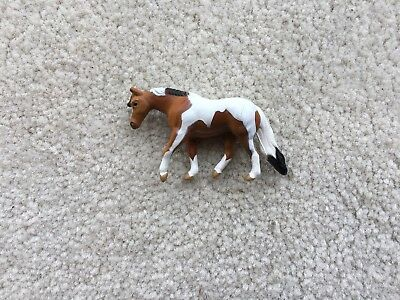 Rare Breyer Mini Whinnies Horse #300143 Mares Collection Jog Trot Quarter Pinto