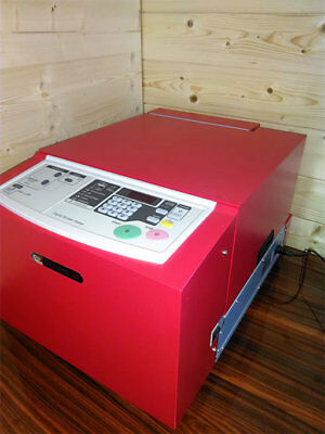 Digitaler Siebdrucker RISO Gocco Pro 100 * Digital screen maker