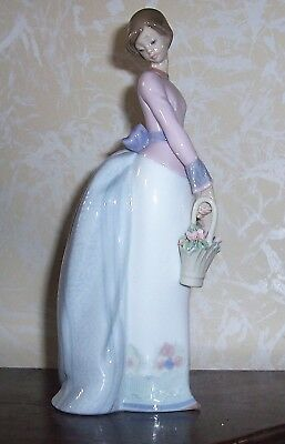 "1994 Lladro ""Basket of Love"" #7622 Collector's Society-RETIRED"
