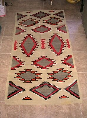 NAVAJO TRANSITIONAL RUG, CLASSIC FLOATING DIAMONDS, 48 x 90 IN. 1890-1900