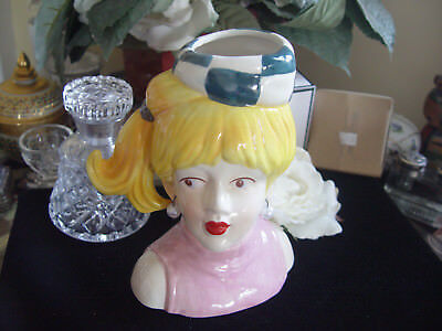 PRETTY LADY HEAD VASE - Pink dress and pearls