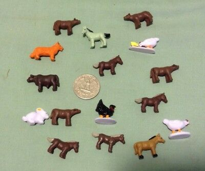 LOT OF 16 TINY MINIATURE Plastic Farm Animals Horses, cows, figurine