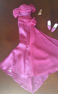 "Tonner 16"" Doll Long Pink Dress - 'deep Pink Dream' & Shoes Not Complete - Flaw"