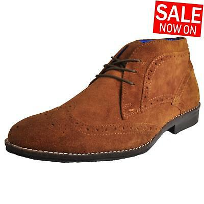 Red Tape Milton Suede Leather Mens Classic Chukka Vintage Brogue Ankle Boots Tan