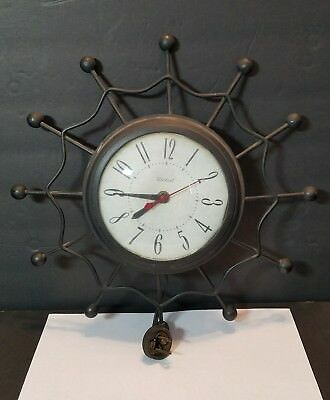United Clock Metal Wire Spider Web Electric Wall Clock Mid Century Model 69 WORK