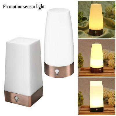 PIR Sensor de movimiento Pilas LED Lámpara Luz nocturna ON/OFF/AUTO Pie de cama