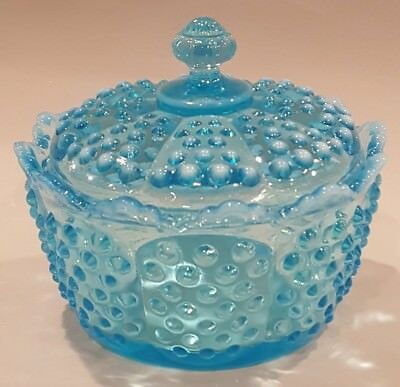 RARE Fenton Glass Aqua BLUE OPALESCENT HOBNAIL Lid Covered Candy Dish Bowl