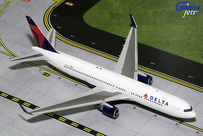 Gemini Jets 1:200 Scale Delta Air Lines Boeing 767-300ER N174DZ G2DAL683