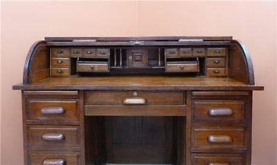 OAK Roll Top Desk 22 drawers in total, 1920's great condition,