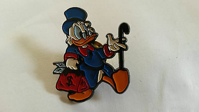 Scrooge McDuck with money bag and cane Picsou European Disney Pin