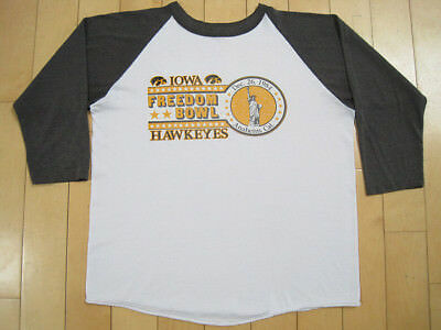NICELY WORN!! 1983 vtg IOWA HAWKEYES raglan T SHIRT 50/50 LARGE