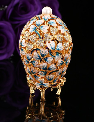 Beautiful clover leave gold painted Faberge egg metal garden decor