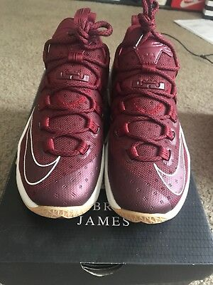 official photos e7d4c 27691 NIKE LEBRON 13 Low Maroon Team Burgundy Size 8