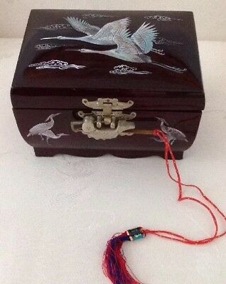 """7"""" Chinese VTG Oriental ASIAN JEWELRY BOX  BLACK LACQUER MOTHER-OF-PEARL INLAY"""