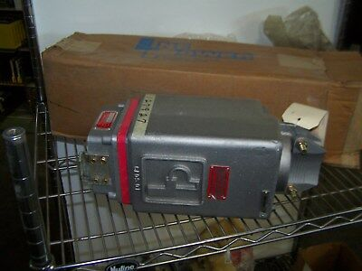 New Pl-30-Dnc-39S-1 Line Power 300A 995V Electrical Cable Coupler
