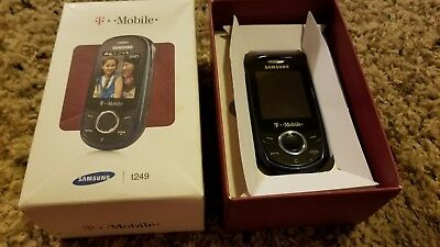 T-Mobile t249 cell phone with box slider