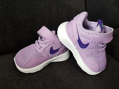 NIKE Baby Girl Shoes 3-6 Months size 1,5 in very good condition