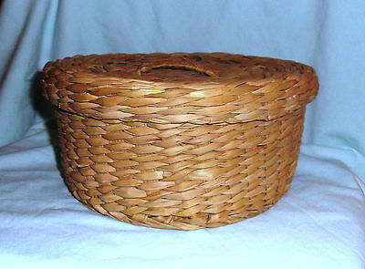 """sewing basket antique woven straw  fitted lid 8 1/2"""" across x 4 1/4"""" high"""