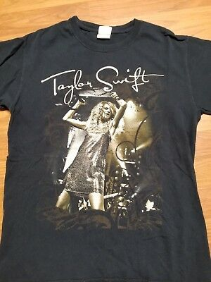 Vintage Taylor Swift Concert T Shirt  Tour Black Small