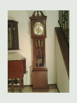 Solid Cherry & Glass Grandmother Clock - Early American/Colonial style: EX+!