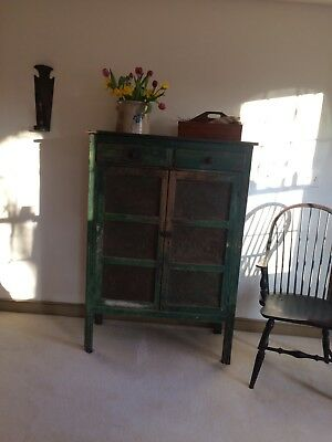 A GREAT ANTIQUE 1800's GREEN PIE SAFE WITH 12 ORIGINAL TINS AND PAINT.