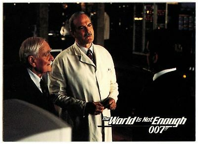 New Tools Of...#18 The World Is Not Enough 1999 James Bond 007 Trade Card(C1158)