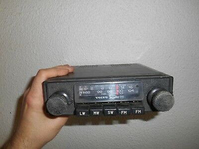 Ancien Autoradio Automobile Volvo Radio ESD FM