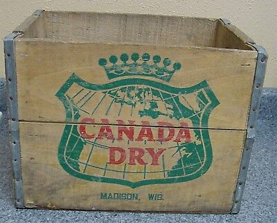 Vintage Wood CANADA DRY MADISON WISCONSIN Soda POP Bottles Case Crate Carrier